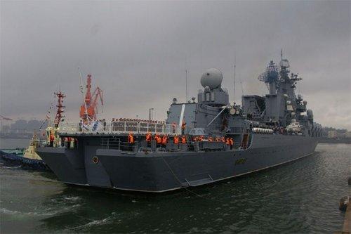 俄太平洋舰队精锐抵达青岛军港 明日起联合军演