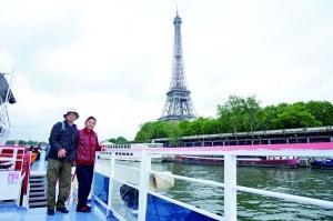 67岁大爷带老伴当背包客12年写30万字旅游宝典