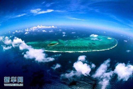图为美丽的西沙七连屿。