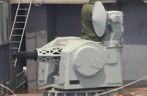 """中国航母装AK-1030舰炮 威力超美""""密集阵"""""""