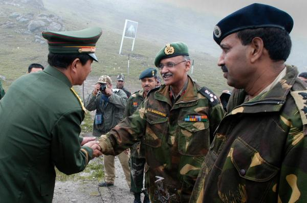 印度越南加强军事合作应对中国 专家称影响不大