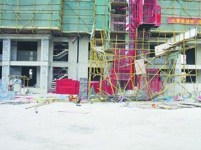 江苏一工地塔吊钢丝绳断裂砸中工人致1死2伤