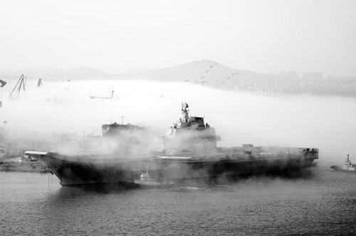 中国航母平台完成11天海试 可能进行歼15试飞