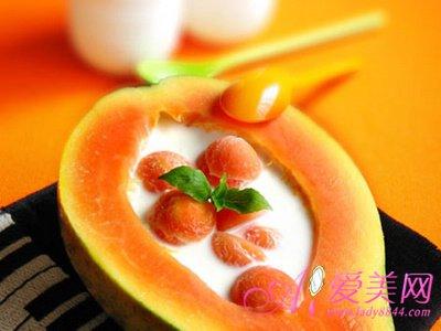 必发娱乐摄生:美发水秋季多吃柑橘去头屑_8大护发美产生果