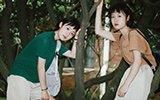 21岁双胞胎姐妹花爱上摄影 曾为买相机赴东莞打工