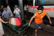 受伤的乘客被送往医院