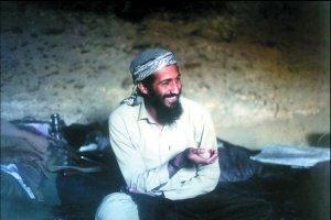 """流亡阿富汗的本·拉登建立了""""基地""""军事大本营及训练营地。资料图片"""