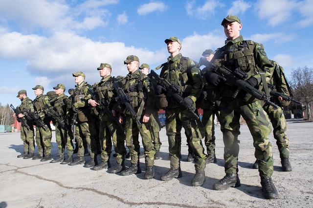应对兵员不足及不安全局势  瑞典重推国民服役制