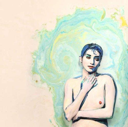 美国祼体艺术_据美国《赫芬顿邮报》11月27日报道,富有创新精神的摄影师亚历克萨?