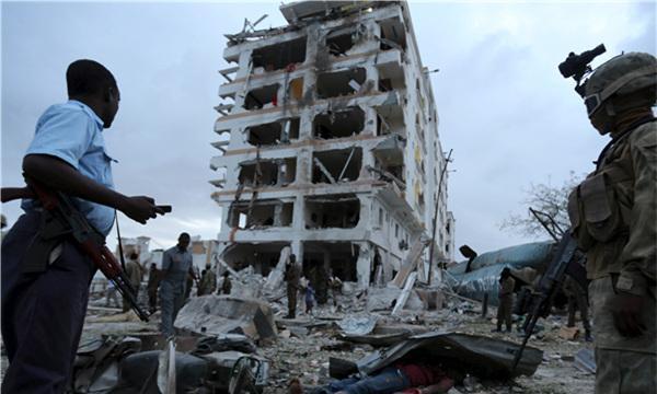 官方公布中国驻索马里大使馆遇袭警卫牺牲现场视频