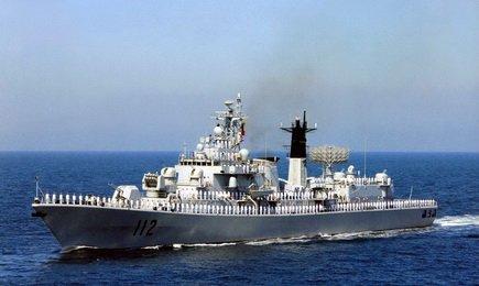 112哈尔滨号导弹驱逐舰