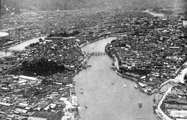 广岛遭受原子弹轰炸前后对比照片