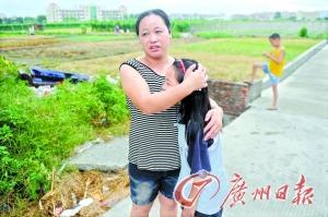 小偷劫持11岁女孩 仅穿三角裤与警方对峙两小时