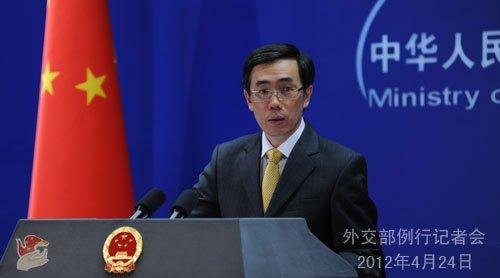2012年4月24日,外交部发言人刘为民主持例行记者会。