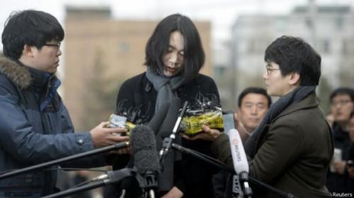大韩航空社长千金妹妹:返航是所有职员的错