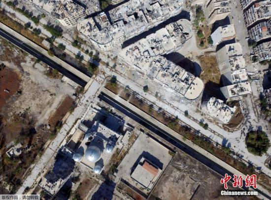 1300名武装分子放下武器撤离阿勒颇 特赦逾千人