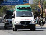 获救矿工被送往医院