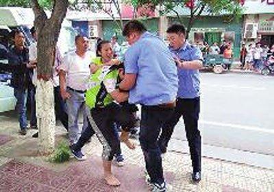 城管围殴自行车行老板刘国峰