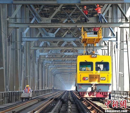 京九铁路通车20周年 成江西沿线各地区经济发展快车道