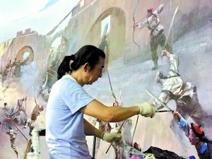 画家利用升降机作画 两年画一幅多放纪念馆