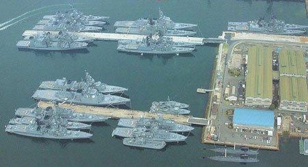 日本防相称加强防卫力量是为地区稳定做贡献