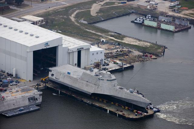 美军濒海战斗舰陷入进退两难:海军想买国会不准