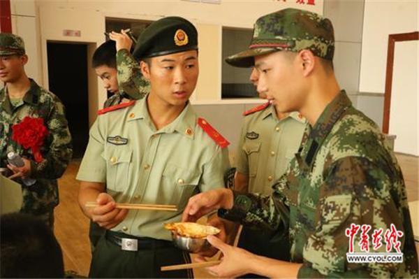 00后新兵来了!吃薯片打手游长大的一代如何当兵?