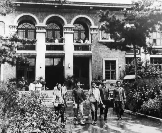 1962年, 唐山图书馆