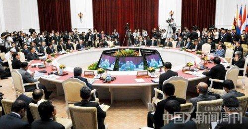 7月10日,东盟与中日韩10+3外长会议在柬埔寨金边举行。