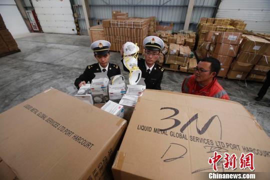 上海海关查获大批出口假冒3M口罩