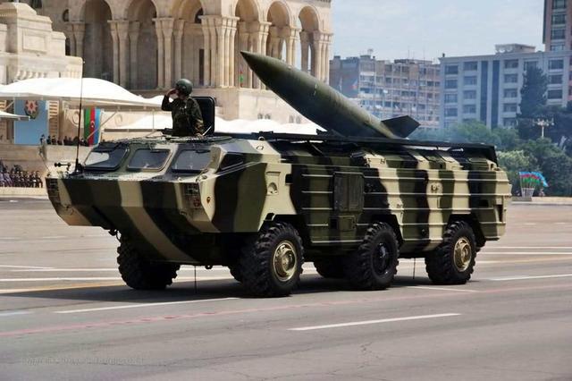 也门胡塞武装向沙特首都机场发射弹道导弹被拦截