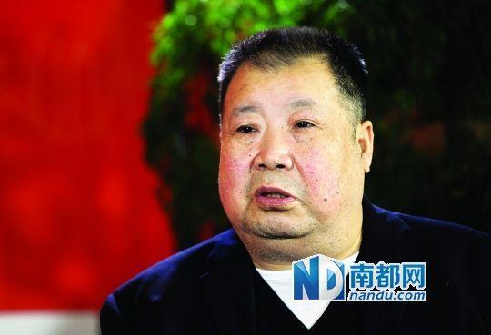 二月河谈反腐:应建弹劾制度让官员互相揭发