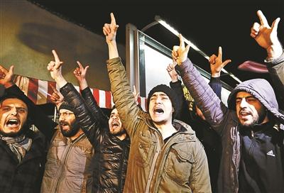 """《沙尔利周刊》新封面""""惹火"""" 或引发暴力抗议令人忧"""