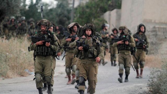 以色列士兵在以南部与加沙地带接壤处遭攻击