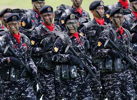 不稀罕美二手货 菲总统誓言将不惜代价采购新武器