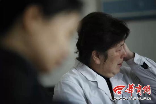 西安自拍当事医生:完成高难度手术想拍照留念