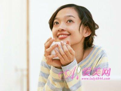 女人常喝8种花茶 美容养颜的绝佳好帮手