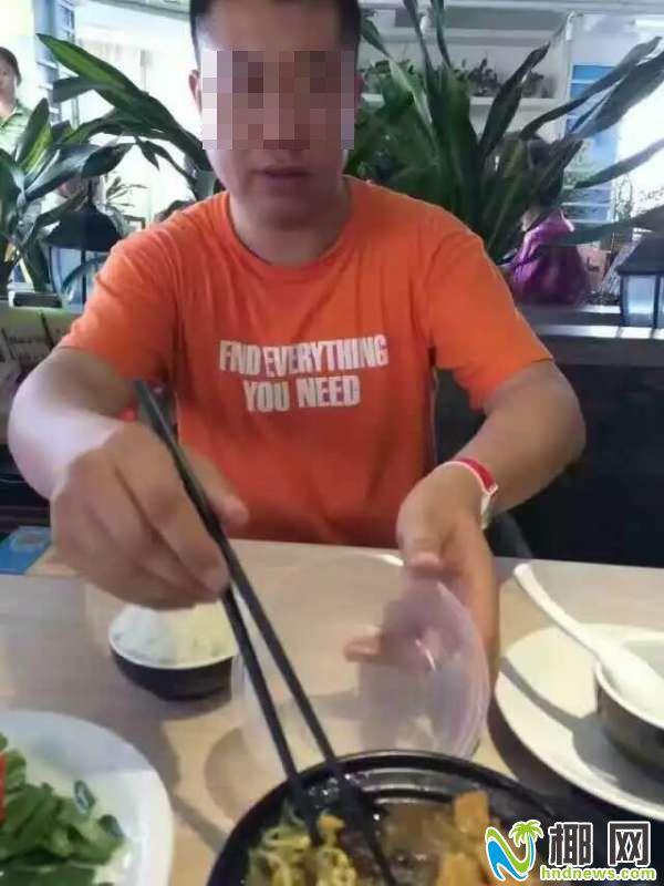 男子在多家饭店吃出虫子并索赔 疑似餐饮碰瓷