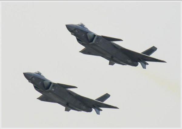 美媒称歼-20性能难敌F-22 但可凭借数量取胜