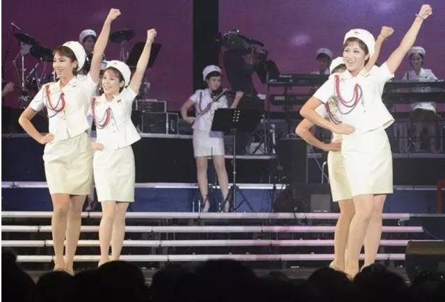 牡丹峰乐团演出