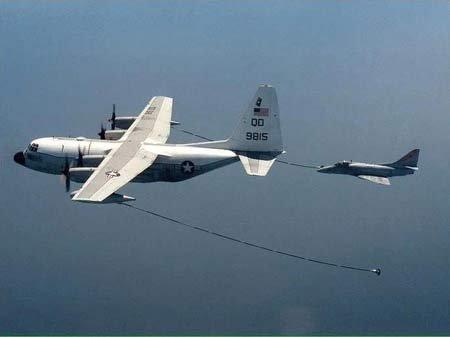 菲律宾开始大规模军备采购 称与黄岩岛无关