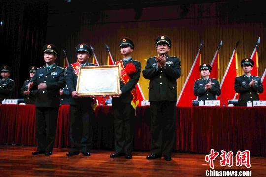 驻澳门部队特种连被广州军区荣记集体一等功