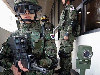 资料图:韩军展示研制中的国产未来单兵作战系统