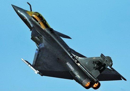 印度斥资110亿美元购126架法国阵风战斗机