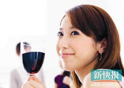 每升干葡萄酒含525卡热量