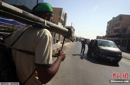 """国际观察:利比亚的""""后卡扎菲时代""""前途难料"""