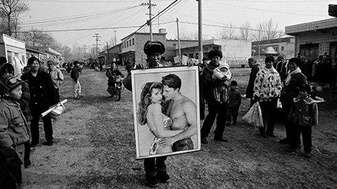 1982-2010,他的镜头记录下时代变迁中的河南乡村