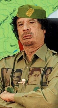 英国称利比亚反对派无法取胜 卡扎菲欲雇公关公司改善形象