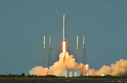 美媒称美谋求借海洋战略争夺太空:将中俄视为对手