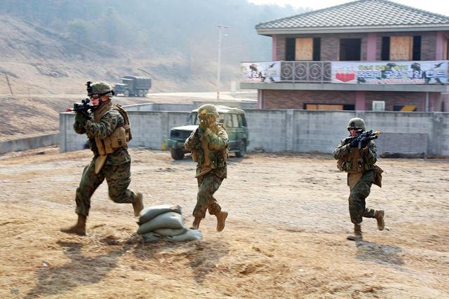 朝鲜要求停止韩美军演 韩军发言人表示不接受